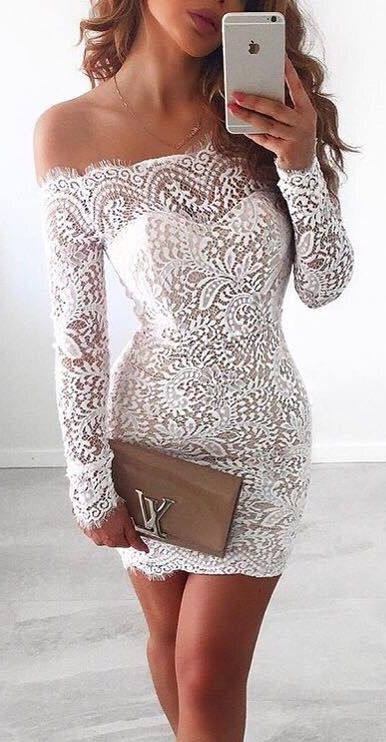 Cheap White Long Sleeves Cocktail Dress Evening Gowns Off The Shoulder Illusion Lace Sheath Mini Cheap Homecoming Party Prom Formal Dresses