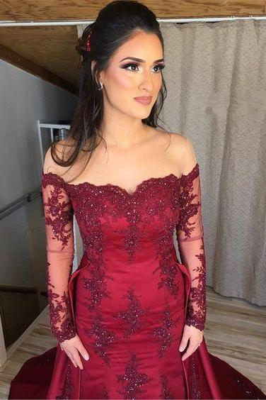 Sexy Off Shoulder Long Sleeves Burgundy Mermaid Evening Dresses Lace Appliques
