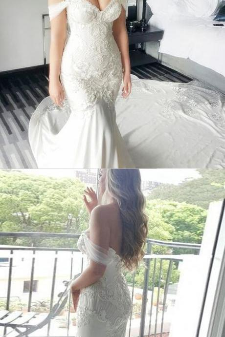Off-the-Shoulder Lace Mermaid Wedding Dress with Long Train